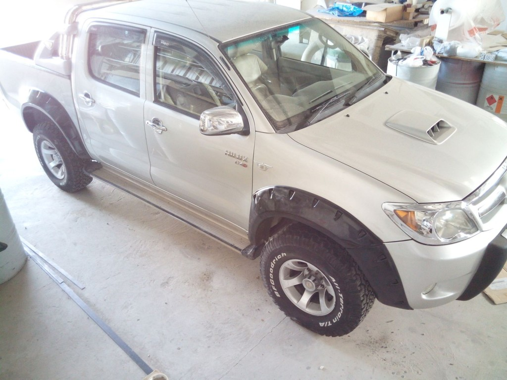 Fender flares hilux jungle